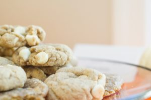 White Chocolate Chip Cookies with Cinnamon